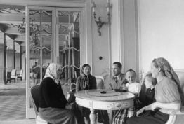 Latvian peasant family at Kemeri sanitarium 1940